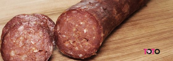 TOTO-Produse traditionale-Salam crud uscat